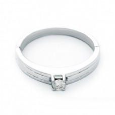 """Золотое кольцо с бриллиантом """"Хиония"""""""