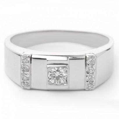 "Золотое кольцо с бриллиантами ""Зевс"""
